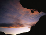 Rock Climbing out a Steep Roof in Sinks Canyon Stampa fotografica di Bill Hatcher