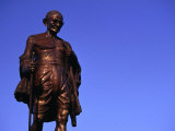 Bronze Statue of Mohandas Karamchand (Mahatma) Gandhi, Mumbai, Maharashtra, India Photographic Print by Dallas Stribley