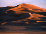Dunes in the Awbari Sand Sea, Awbari, Libya Photographic Print by Doug McKinlay