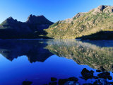 Cradle Mountain and Lake Dove, Cradle Mountain-Lake St. Clair National Park, Tasmania, Australia Reproduction photographique par Grant Dixon