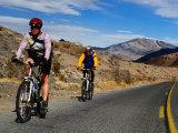 Cycling Towards Dante's View on the Ca 190, Death Valley, California, USA Fotoprint van Roberto Gerometta