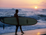 Surfer at Kekaha Beach Park, Kekaha, USA Photographic Print by Holger Leue
