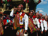 Men Carrying Palanquin in Corpus Christi Procession, Cuzco, Peru Lmina fotogrfica por Richard I'Anson