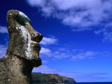 Traditional Moai Carved from Soft Volcanic Rock, Ahu Tongariki, Chile Photographie par Brent Winebrenner