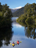 Kayaks, Moeraki River by Lake Moeraki, West Coast, South Island, New Zealand Fotografie-Druck von David Wall