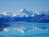 Aoraki, Mt Cook and Lake Pukaki, South Canterbury, South Island, New Zealand Fotografisk tryk af David Wall