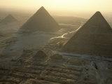 Pyramids at Giza, Giza Plateau, Egypt Fotografiskt tryck av Kenneth Garrett