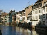 Houses in Petite France on Ill River, Strasbourg, Haut Rhin, Alsace, France Fotoprint van Walter Bibikow