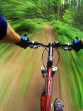 Mountain Bike Trail Riding Lámina fotográfica por Chuck Haney