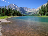 Lago Josephine con el glaciar Grinnell y la divisoria Continental, Parque nacional de los Glaciares, Montana Lámina fotográfica por Jamie & Judy Wild