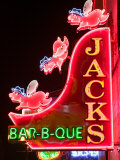 Neon Sign for Jack's BBQ Restaurant, Lower Broadway Area, Nashville, Tennessee, USA Lámina fotográfica por Walter Bibikow