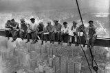 Almuerzo en lo alto de un rascacielos, c.1932 Afiche por Charles C. Ebbets