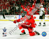 Mikael Samuelsson Celebrates his Goal during Game 1 of the 2008 NHL Stanley Cup Finals; 5 Photo