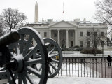 A Light Dusting of Snow Covers the Ground in Front of the White House Photographic Print by Ron Edmonds