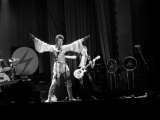 David Bowie Performing on Stage at the Dome Theatre Brighton, Ziggy Stardust, May 1973 Fotografisk tryk