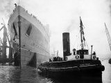 Queen Elizabeth Launch on River Clyde, 1938 Photographic Print