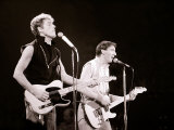 The Who in Concert, Roger Daltry Singing at the Charlton Athletic Football Club Ground, May 1976 Fotografisk trykk