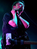 Radiohead in Concert at the Waterfront Hall, Belfast, Radiohead's Thom Yorke Performing, May 2003 Fotografisk tryk
