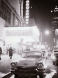 Neon Signs at Night Time on Broadway in New York Reproduction photographique