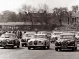 Saloon Car Race at the International '200' Meeting at Aintree, Jaguar S-Type Saloon Car, April 1961 Reproduction photographique