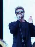 George Michael Singing at Nelson Mandela 70th Birthday Concert Reproduction photographique