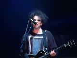 The Cure Singer Robert Smith Onstage at Glastonbury, June 1995 Valokuvavedos