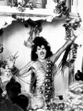 Freddie Mercury of Queen Rock Group During the Filming of It's a Hard Life Music Video in Munich Fotografisk tryk