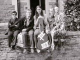 The Young Ones in Bristol, Rik Mayall, Chris Ryan, Nigel Planer and Ade Edmondson, August 1982 Fotografiskt tryck