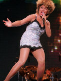 Tina Turner in Concert at Theme Park Alton Towers in Staffordshire Fotografisk tryk