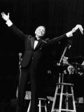 Frank Sinatra at a New York Concert Fotografisk tryk