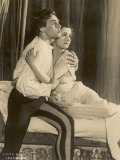 Marius Goring British Actor of Stage and Screen in the Role of Romeo with Peggy Ashcroft as Juliet Lámina fotográfica por Debenham