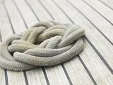 Knot of Rope on Wooden Boat Deck Reprodukcja zdjęcia