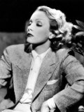 Half-Length Portrait of the Celebrted German Movie Actress Marlene Dietrich Fotodruck