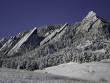 Winterscene of the Flatirons in Boulder, Colorado Poster von Dörte Pietron