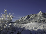 Winterscene of the Flatirons in Boulder, Colorado Kunstdrucke von Dörte Pietron