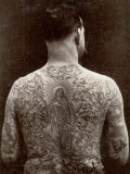 Portrait of a Man's Tattooed Back Photographie