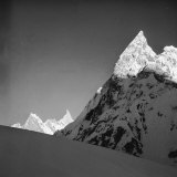 Mitria Peak (6100 Meters), Area Surrounding the Circo Concordia, Karakorum Fotografisk trykk