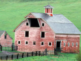 Historic Barn in Wallowa County, Oregon, USA Photographie par William Sutton