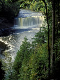 Tahquamenon Falls, Tahquamenon Falls State Park, Michigan, USA Photographie par Claudia Adams