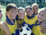Portrait of a Smiling Girls Soccer Team Reproduction photographique