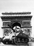 A Tank of the French Armored Division Passes by the Arc De Triomphe Photographic Print