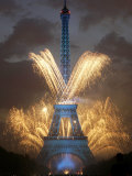 Fireworks Illuminate the Eiffel Tower Photographic Print