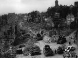 Tanks of the U.S. 7th Army Rumble Through Nuremberg Reprodukcja zdjęcia
