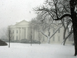 Heavy Snow Falls at the White House Photographic Print