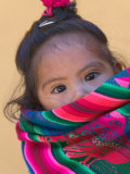 Portrait of a Young Indian Girl, Cusco, Peru Fotografie-Druck von Keren Su