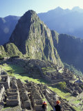 Visitors at the Ancient Ruins of Machu Picchu, Andes Mountains, Peru Reproduction photographique par Keren Su
