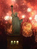 Grucci Fireworks Light the Sky Over the Statue of Liberty Photographie