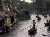 Row Boat on the Mekong Delta, Vietnam Photographie par Keren Su