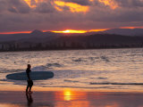 Surfer at Sunset, Gold Coast, Queensland, Australia Photographie par David Wall