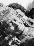 Head of The Bayon, Angkor, Cambodia Photographic Print by Walter Bibikow
